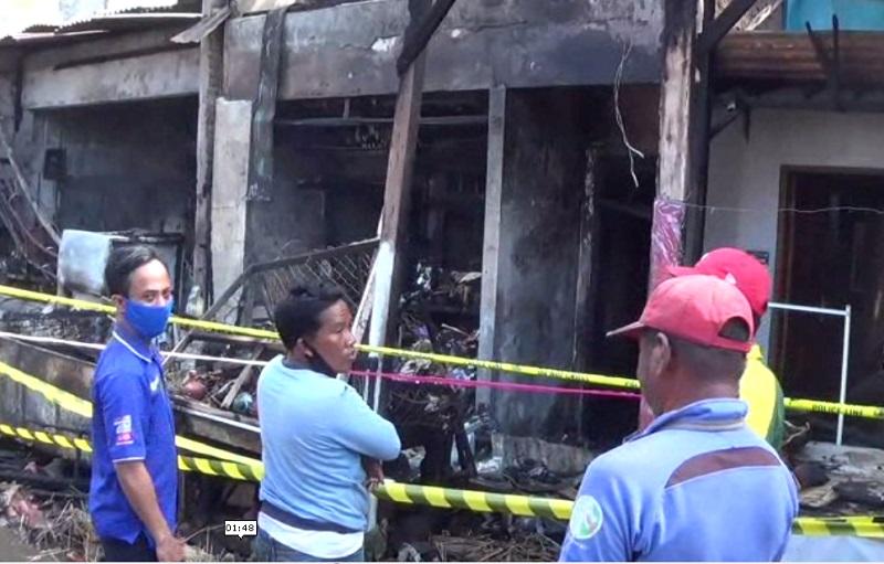 Dua Ruko di Pasar Bangunrejo Ludes Terbakar