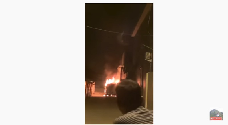 Mobil Via Valen Dibakar, Polisi Amankan 1 Orang
