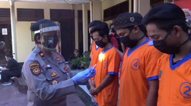 Asyik Pesta Sabu di Warkop, 4 Remaja Surabaya Ditangkap