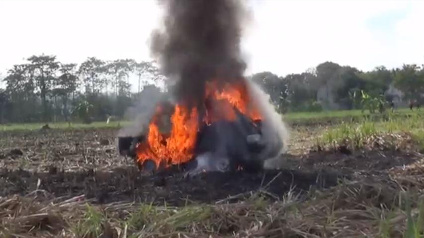 Mobil Pikap Terbakar, Sopir Terluka