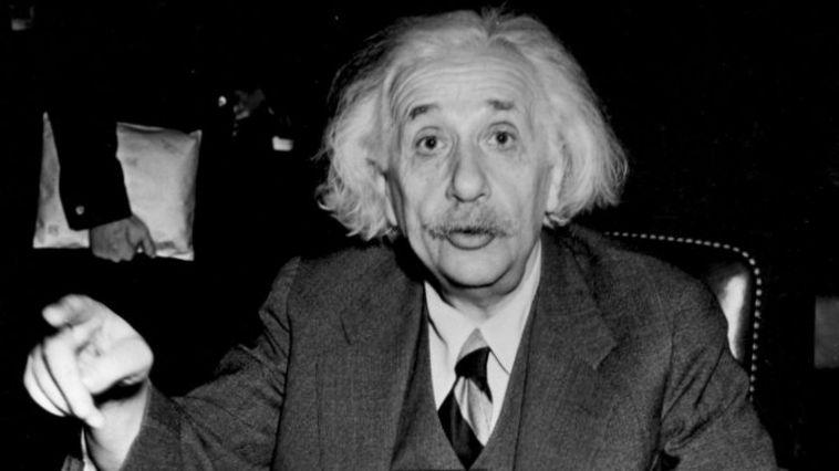 Mengurai Kebiasaan Nyeleneh Albert Einstein (2)