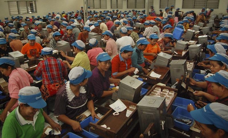 Pekerja Paruh Waktu Diupah Per Jam