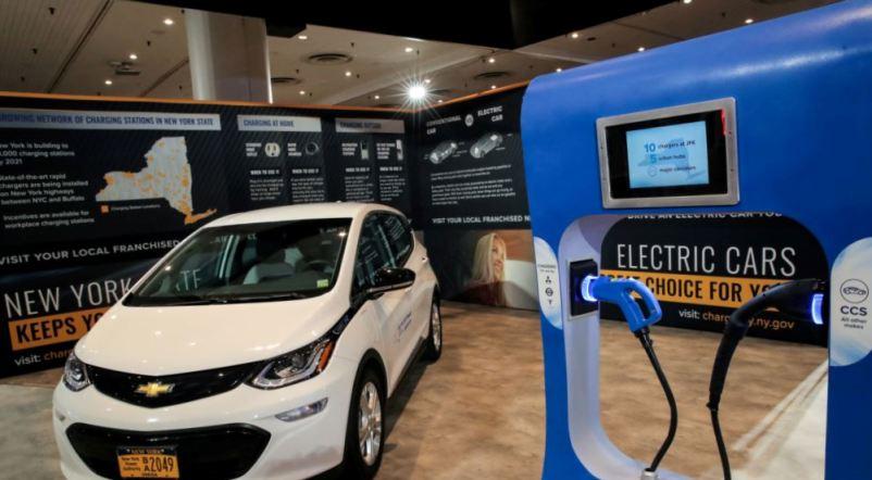 California Akan Larang Kendaraan Bermesin Bensin