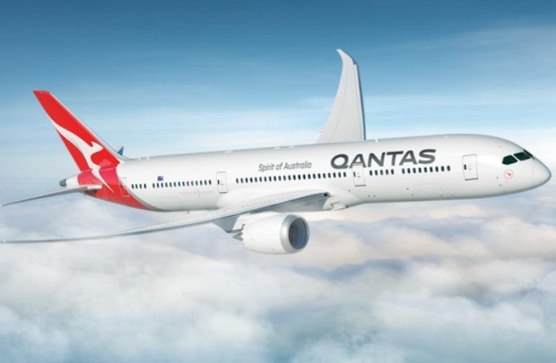Wisata Terbang Keliling Australia Laris Manis