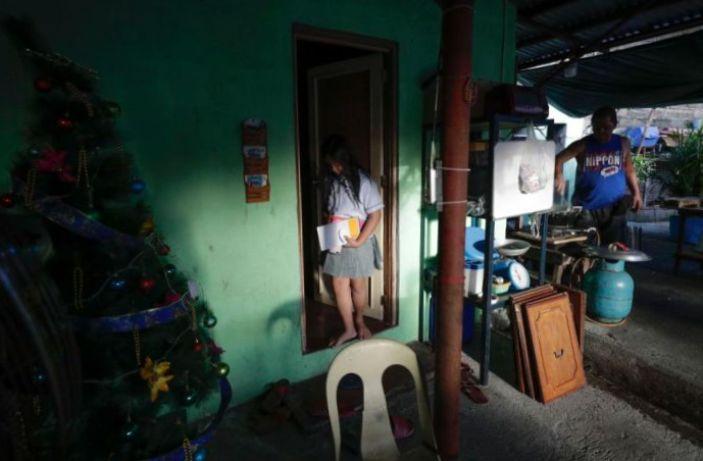 Filipina Naikkan Batas Usia Hubungan Seks