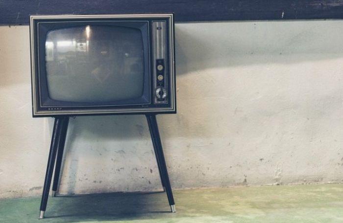 Televisi Analog Akan Mati 2022