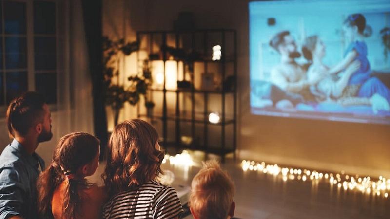 Cara Menikmati Bioskop di Rumah