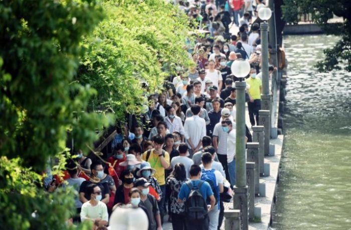 18 Juta Turis Banjiri Wuhan