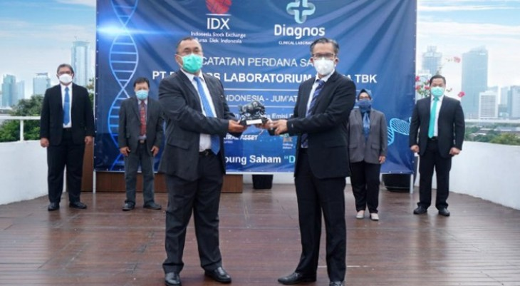 Hari Pertama IPO, Saham Diagnos Naik