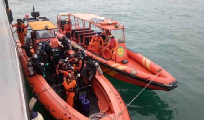 Di Balik Pencarian Korban Sriwijaya Air (3-Habis)