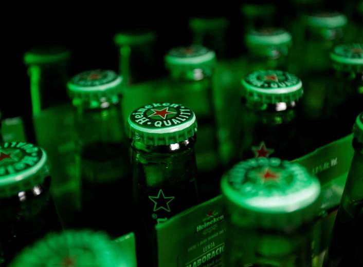 Heineken Akan Pangkas 8.000 Pegawai