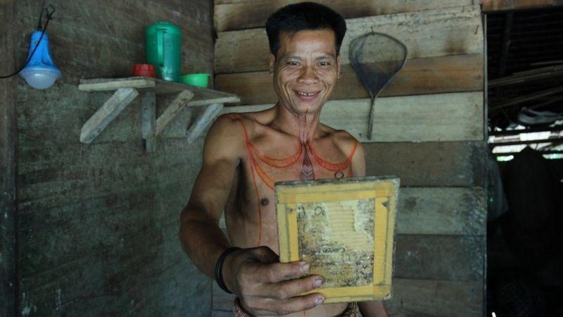 Kampung Tato Terakhir di Mentawai (3-Habis)