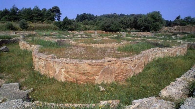 Olimpiade Kuno, Krisis Air Minum (3-Habis)