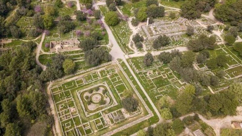 Olimpiade Kuno, Bertanding Telanjang (2)