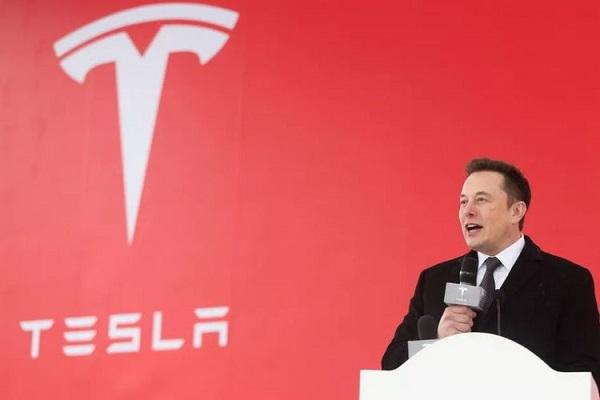 Elon Musk terima Rp 96,5 T Setahun